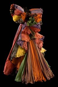 Sorgenti creative gli abiti-icona dello stile Capucci3